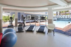 The fitness center and/or fitness facilities at Costa d'Oiro Ambiance Village