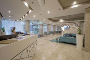 Hall ou réception de l'établissement Hotel Mlini