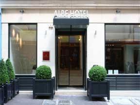 The facade or entrance of Hôtel Albe Saint Michel