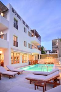 Πισίνα στο ή κοντά στο Ξενοδοχείο Ερατώ