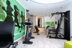 The fitness center and/or fitness facilities at Alpenhotel Ischglerhof