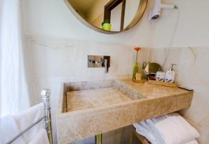 A bathroom at Albergo Villa Gaia