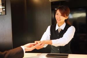 京都夏特萊酒店員工