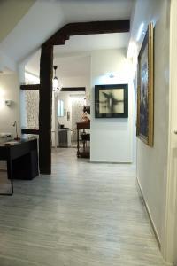 The lobby or reception area at Alojamiento EntreHoces