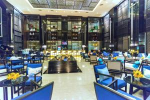 A restaurant or other place to eat at The Royal Paradise Hotel & Spa - SHA Plus