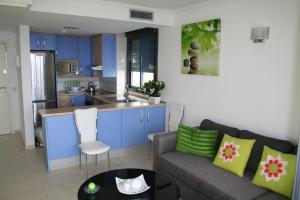 A kitchen or kitchenette at Benidorm Skyline