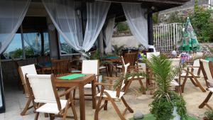 Ресторант или друго място за хранене в Хотел Лозите