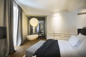 A bathroom at Hotel Adriatic