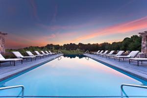 The swimming pool at or close to Salamander Resort and Spa