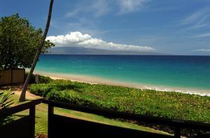 Vista generica sul mare o vista sul mare dall'interno del resort