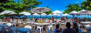 Um restaurante ou outro lugar para comer em Resort Arcobaleno All Inclusive