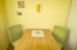 Обеденная зона в апартаментах/квартире