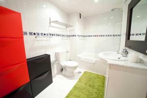 A bathroom at Apartamentos Kasa25 Navas