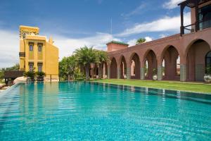 The swimming pool at or near Villa Maroc Resort