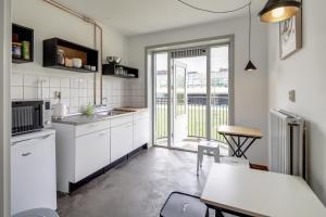Кухня или мини-кухня в Bed and Breakfast Zuid Oost Heesterveld / BnB ZOH