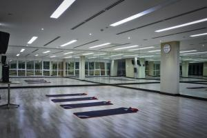 The fitness center and/or fitness facilities at Limketkai Luxe Hotel