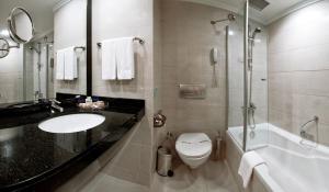 Ein Badezimmer in der Unterkunft Liberty Hotels Lara