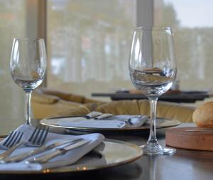 A restaurant or other place to eat at Hotel Restaurant Piccard