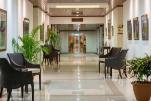 The lobby or reception area at Hotel Globales Camino Real Managua