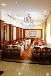 A restaurant or other place to eat at Helena Park - Ultra All Inclusive
