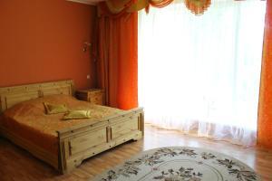 Кровать или кровати в номере Dudinka - City Mini Hotel