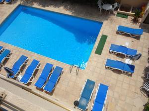 Θέα της πισίνας από το Τουριστικά Διαμερίσματα Πάνκλιτος ή από εκεί κοντά