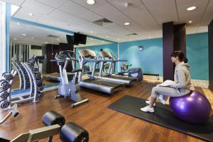 The fitness center and/or fitness facilities at Novotel Leeds Centre