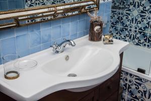 A bathroom at B&b Isabel