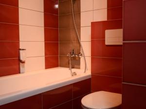 A bathroom at Mans Nams