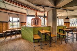 Lounge oder Bar in der Unterkunft mk hotel remscheid