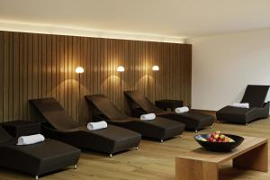A seating area at Robinson Club Alpenrose Zürs