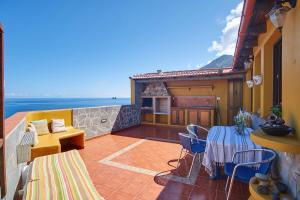 A balcony or terrace at Casanaga