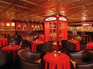 The lounge or bar area at Hotel Geneve CD de Mexico