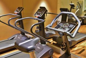 Centrum fitness w obiekcie Hotel Montana