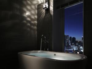 A bathroom at Shinjuku Granbell Hotel