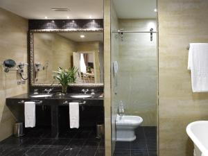Un baño de Gran Hotel Las Caldas Wellness Clinic