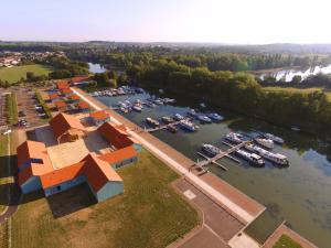 A bird's-eye view of Le Port de Decize