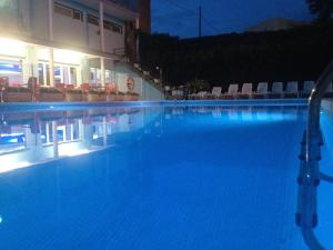 The swimming pool at or near Hotel las Dunas
