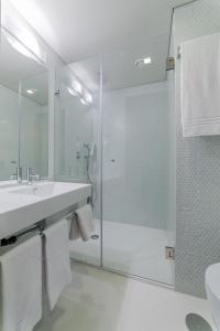 Een badkamer bij Moov Hotel Porto Norte