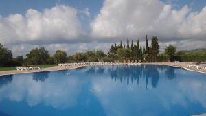 Het zwembad bij of vlak bij Camping Ametlla