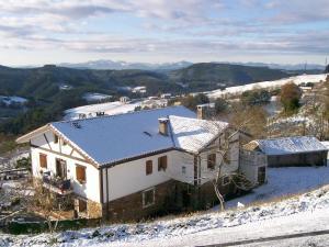 Agroturismo Kasa Barri en invierno