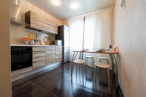 Кухня или мини-кухня в Пять Звёзд Парк Пушкина