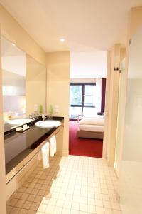 A bathroom at Hotel Schepers
