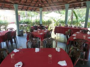 Restaurant ou autre lieu de restauration dans l'établissement Riviera Resort