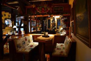 Lounge oder Bar in der Unterkunft Hotel Brauhaus Weyhausen