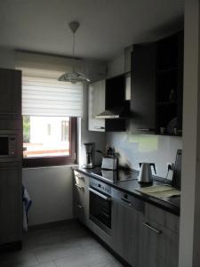 Küche/Küchenzeile in der Unterkunft Ferienwohnung im Herzen von Peitz