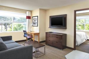 A television and/or entertainment center at Four Points by Sheraton Surrey