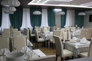 Ресторан / где поесть в Гостиница Россия