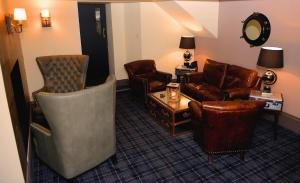 A seating area at The Tobermory Hotel