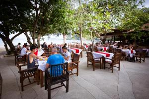 A restaurant or other place to eat at Sand Sea Resort - SHA Plus
